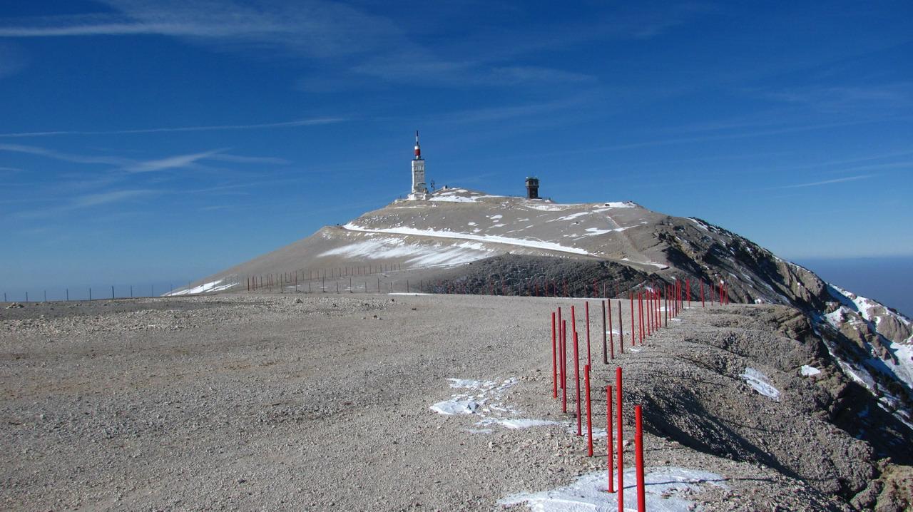 le mont ventoux  1912m  par le chalet reynard