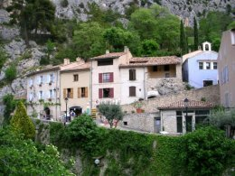 Village de Moustiers-Sainte-Marie.