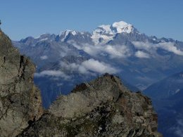 Regard vers le Grand Combin.