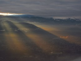 Rayons solaires matinaux sur Grenoble