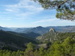 Rocher de Saint-Julien et Baronnies occidentales