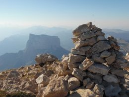 Cairn sommital, Mont Aiguille