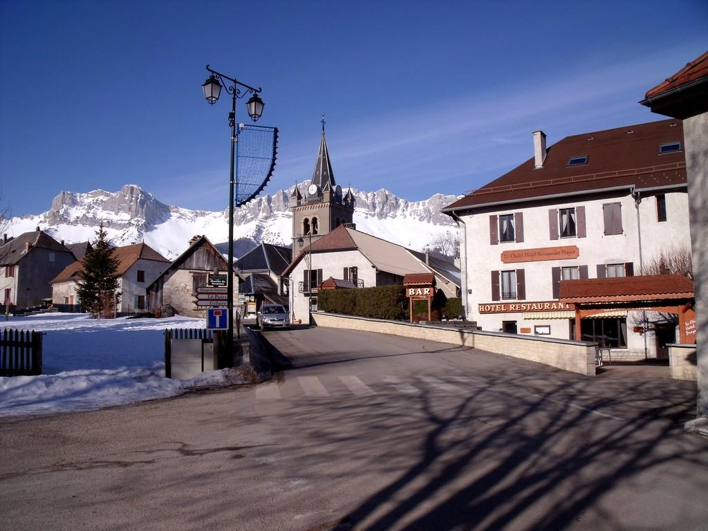 Rocher du baconnet 1808m par l 39 alpage du serpaton - Office du tourisme gresse en vercors ...