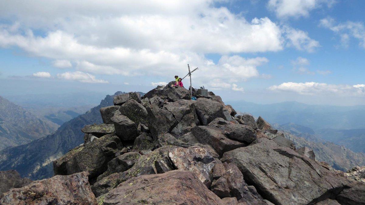 Carte Corse Monte Cinto.Monte Cinto 2706m Versant Sud En Traversee Par Lozzi