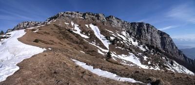Rochers de Chalves depuis le Col des Bannettes