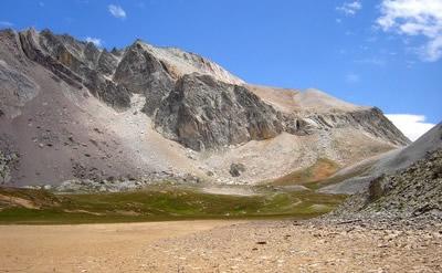Le Mont de Maniglia, tout en couleurs.