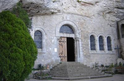Entrée de la Grotte Sainte-Marie Madeleine