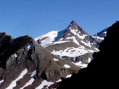 L'Aiguille des Glaciers.