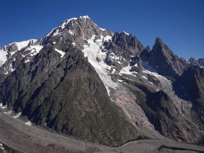 Le Mont Blanc vu du Mont Fortin : une muraille de 3000m !