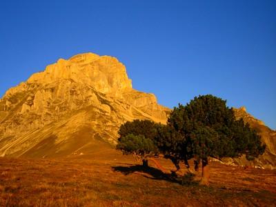 La Grande Tête de l'Obiou au lever du Soleil.