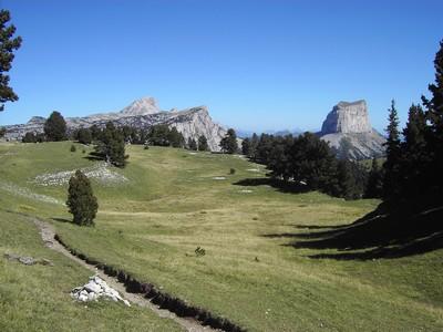 Grand Veymont Rochers du Parquet et Mont Aiguille