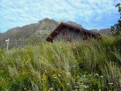 Cabane des Chalanches