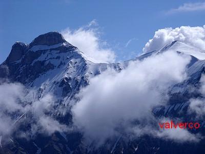 Zoom sur le Grand Ferrand et la Tête de Vallon Pierra