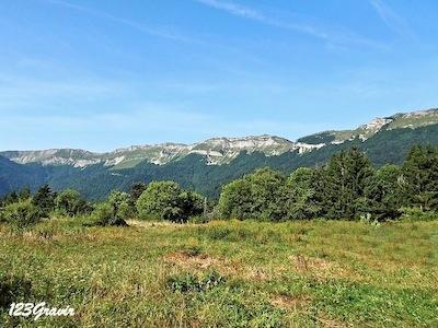 Crête des Monts Jura depuis Gex