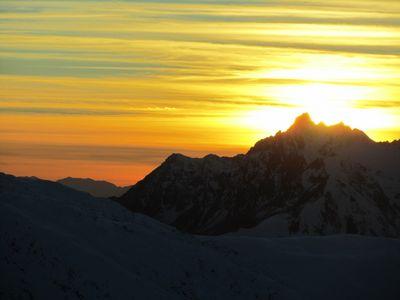 Coucher de soleil vers le Grand Pic de Belledonne.