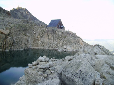 La cabane d'Orny (2811m) : point culminant du tour.